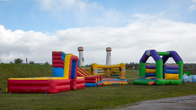 inflatable fun bouncy castles